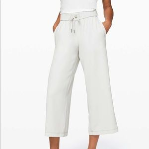 On The Fly 7/8 wide-leg pants